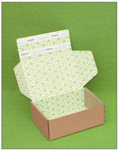 White eCommerce box with flood pattern